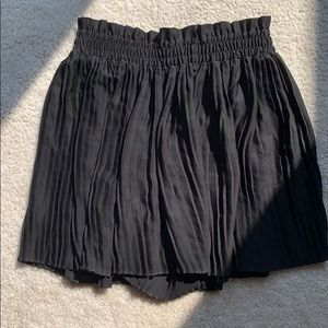 Zara • Pleated Skorts WORN ONCE